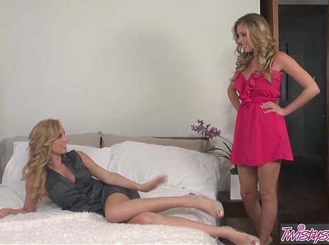 When Girls Play - Brett Rossi Samantha Saint - This House